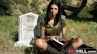 Army Girl Bonnie Rotten Gets Ass-fucked