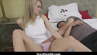 Hot Teen Stepsister Creampie