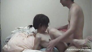 Amateur Japanese girlfriend's leaked homemade sex video